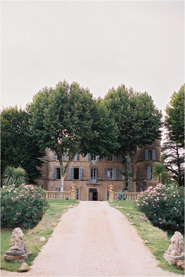 Wedding at Chateau de Robernier | Image by Alexander James, Styling by Lavender & Rose Planners