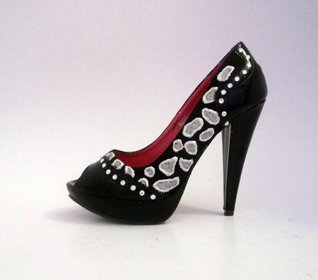 Pantofi de ocazie cu cristale swarovski si glitter.  160 RON