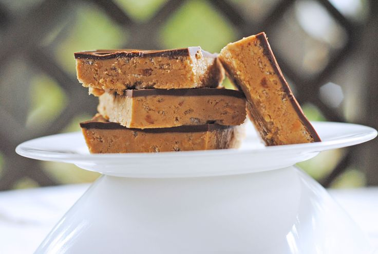 Peanut Butter Gold Bars from @JuanitasCocina