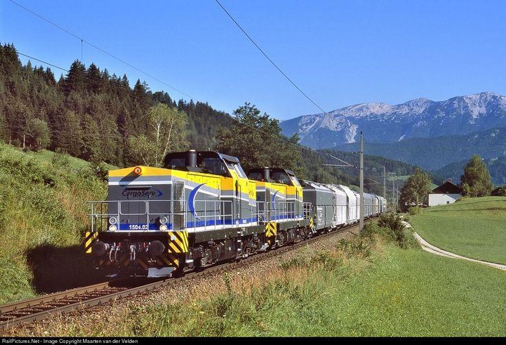 1504.02 CargoServ DR V100 class at Spital am Pyhrn, Austria by Maarten van der Velden