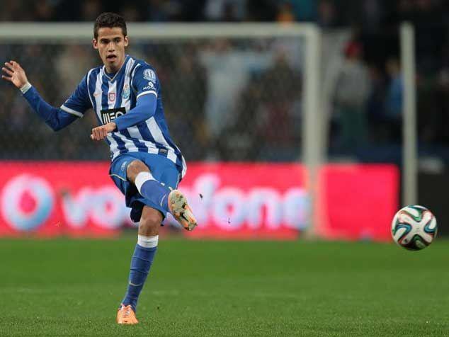 FC Porto Noticias: Anderlecht desiste de Reyes