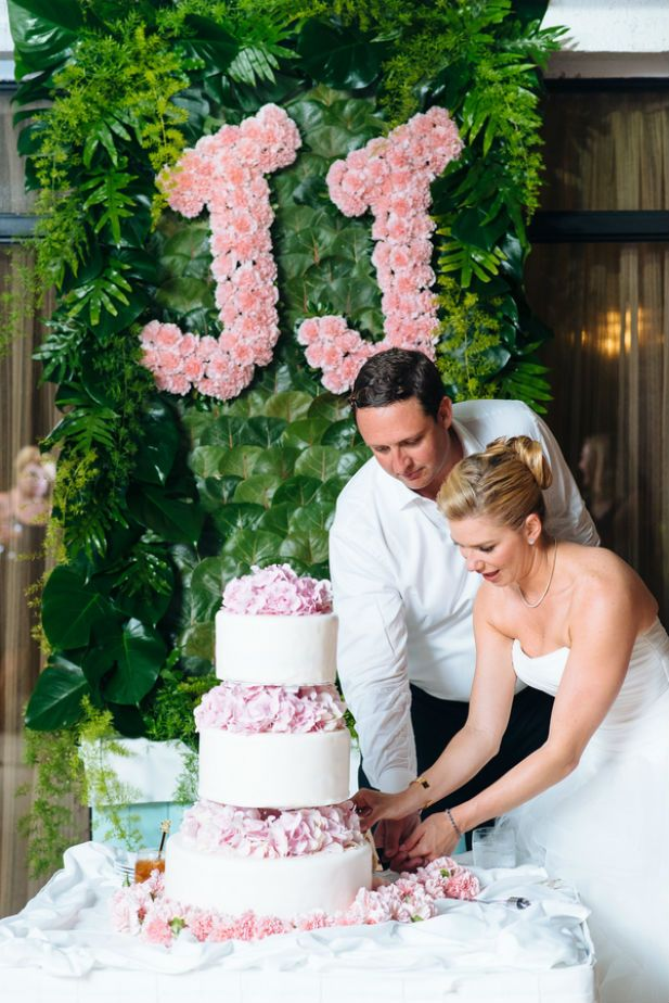 Elegant tropical wedding inspiration with floral monogram (Photo by Alexander Masters)
