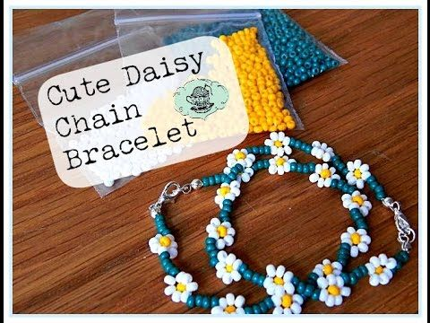 DIY: Cute Daisy Chain Bracelet ¦ The Corner of Craft  Learn to make cute beaded bracelets; the perfect introduction to bead weaving!
