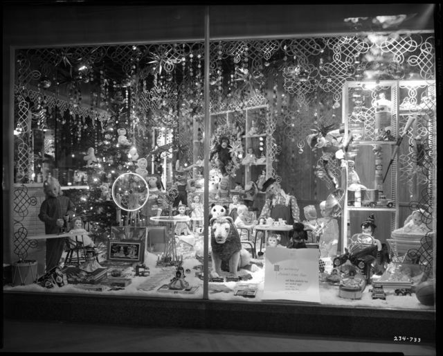 Christmas display window, Dayton's Department Store, Minneapolis, 1955. Photo by Norton & Peel. © Minnesota Historical Society. All rights reserved.