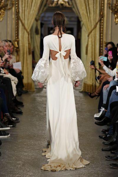 Vestidos de novia con cintas y lazos 2017: 30 diseños llenos de romanticismo Image: 22