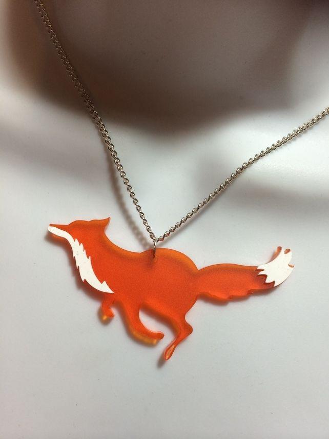 Laser cut Acrylic 'RUNNING FOX' necklace