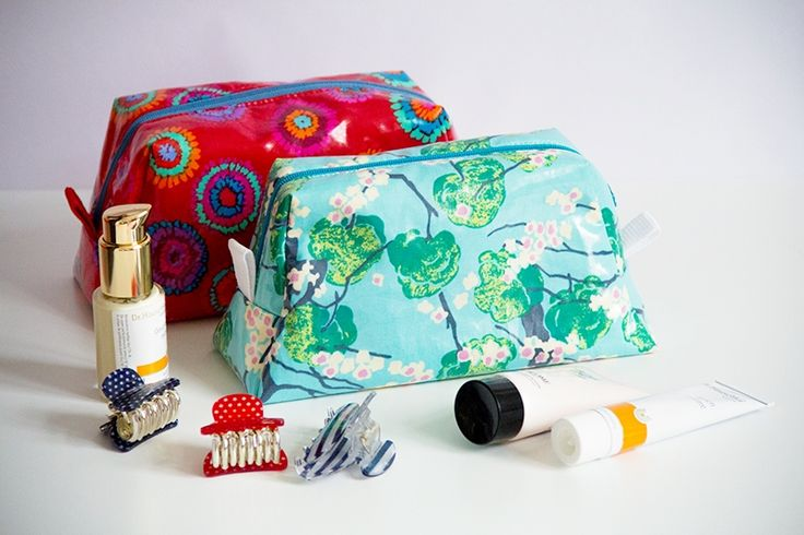 DIY Näh-anleitung Kosmetiktasche // fashion diy: sewing-instruction cosmetic bag via DaWanda.com
