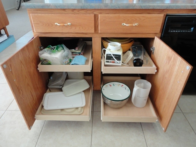 kitchen cabinets with pull out shelves 17 best images about pull out pantry shelves on 21443