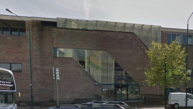 Женщины, заставившие мужчину «тверкать» в костюме покемона, получили тюремный срок http://rbnews.uk/world/outside-criminal/news/article44027.html  В графстве Ноттингемшир двепреступницыполучили тюремный срок за то, что, угрожая убийством, заставили свою жертву танцевать тверк под рэп-музыку в костюме покемона. 28-летняя Ана Хан (Ana Khan) и 25-летняя Таниека Хиггинс (Tanieka Higgins) напали на 26-летнего Кристофера Пью (Christopher Pugh): заманили в квартиру, угрожая ножом, забрали кошелек…