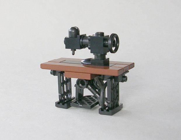 """kockamaniahu: """" Sewing Machine (via Brickshelf Gallery - singer-02.jpg) """""""