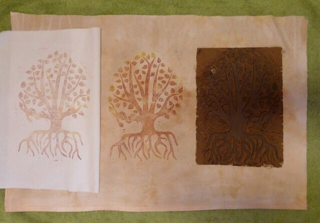 Linoleumtryck av Lillemor på Ullemors verkstad