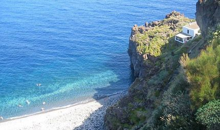 20 best isole eolie images on pinterest sicily boating for Salina sicily things to do