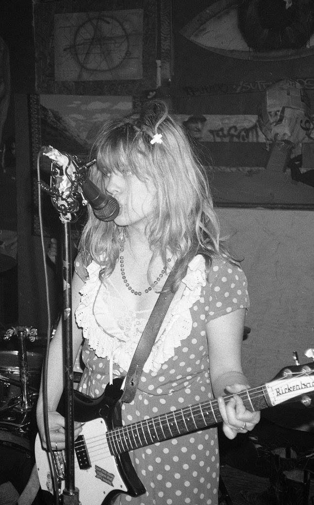 Kat Bjelland (Babes in Toyland) in 1989. Photo by JJ Gonson...... Follow - > www.songssmiths.wordpress.com Like -> www.facebook.com/songssmithssongssmiths