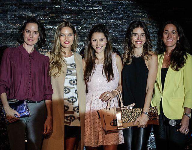 Ángela Prieto, Mayte Rodríguez, Loreto Aravena, María Luisa Godoy y Martita Guzmán.