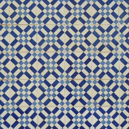 Tiles,  Lisbon (ii)