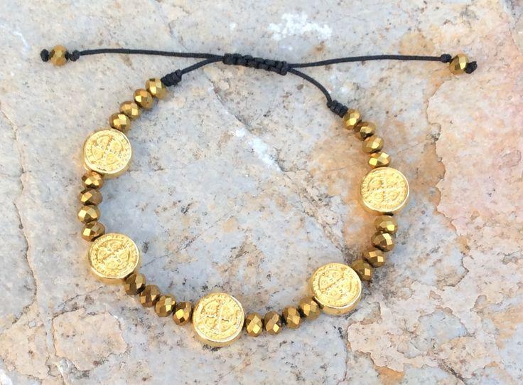9.90$ St.benedict bracelet