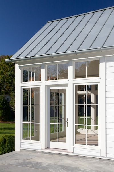 Solarium with metal roof
