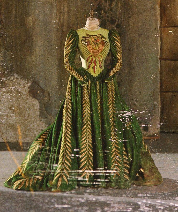 Winona Ryder Mina   Eiko Ishioka e Bram Stoker's Dracula   La Via di Māyā