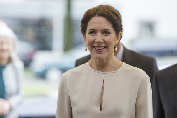 Crown Princess Mary Of Denmark arrives at a furniture shop during their visit to Germany on May 21, 2015 in Munich, Germany.