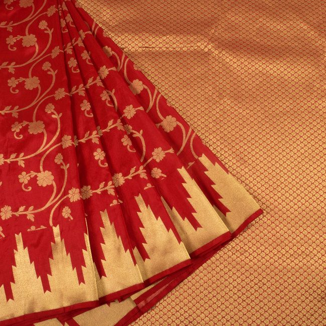 Handwoven Red Kanjivaram Soft Silk Saree With Floral Motifs & Temple Border 10013816 - profile2 - AVISHYA.COM