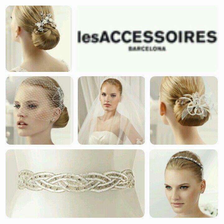 Vi har tilbehør fra lesAccessoires i salongen. :) brudehuset - sjuls design