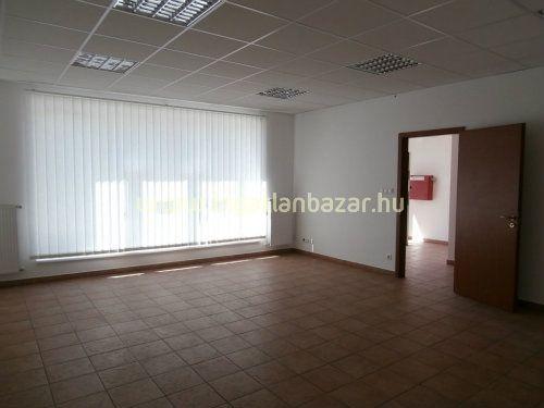 Belváros és környéke, Székesfehérvár, ingatlan, üzleti ingatlan, 104 m2, 150.000 Ft | ingatlanbazar.hu