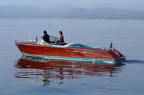 riva aquarama wood classic photo boat  cruising