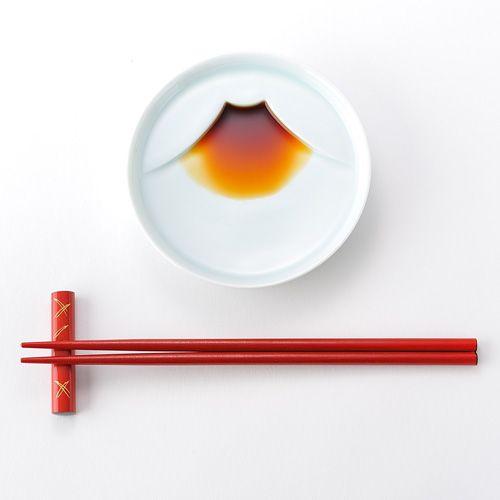 Mt Fuji plate 醤油を注ぐと富士山になる皿 - まとめのインテリア