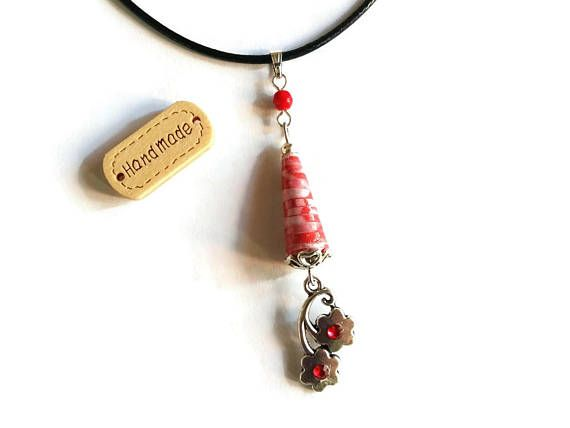 Pendentif Fleurs Japonaises, Collier, Cordon Noir, Rouge, Perles Artisanales, Perles en Papier, Perles en Verre, Cadeau Femme