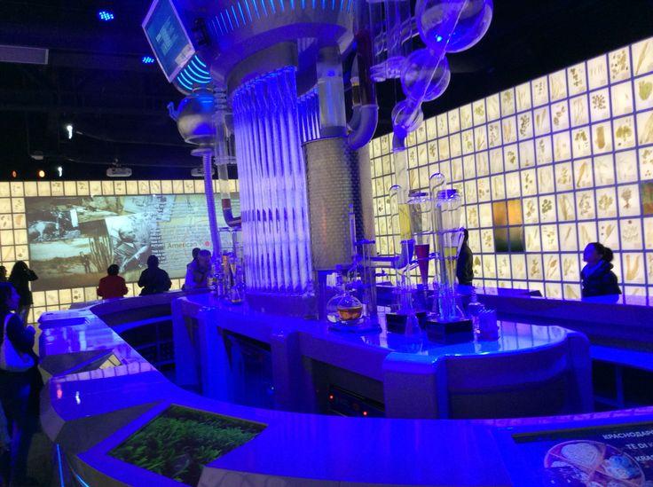 Padiglione russo: distillazione della vodka..