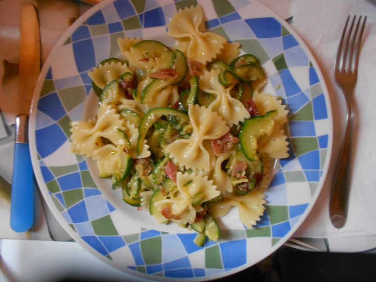 Have a nice lunch!   ph: Roberta Solitari