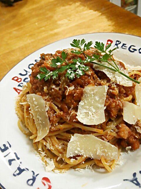 ソフリット、猪肉、パンチェッタ、トマト、チーズの旨味が融合♪ ココアが隠し味★ - 180件のもぐもぐ - ボローニャ風 猪肉のラグーパスタ by TOTOLONNE