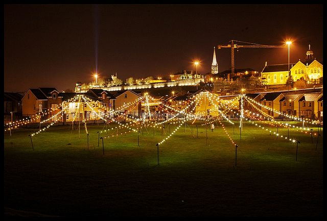 Fête by Ron Haselden (France / UK) This atmospheric installation conjures up the sights and sounds of an abandoned country fairground.