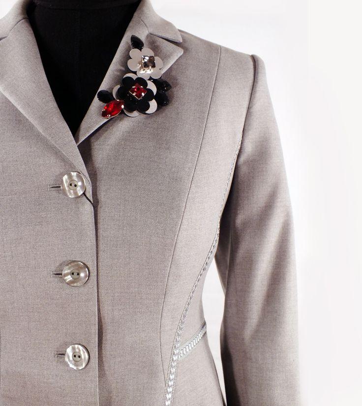 Vladini - Grå kostym