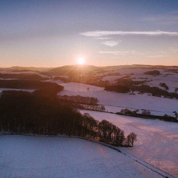 #Sunday #winter #freezing #snow  #schnee #eifel #sunset #landscapephotography #eifelexplorers #landscape #aerials #bestaerialphotography #light #dronestagram #droneview  #dronefly #dronephotography #dronephoto  #drohne #dronephotos  #dronepro #photography