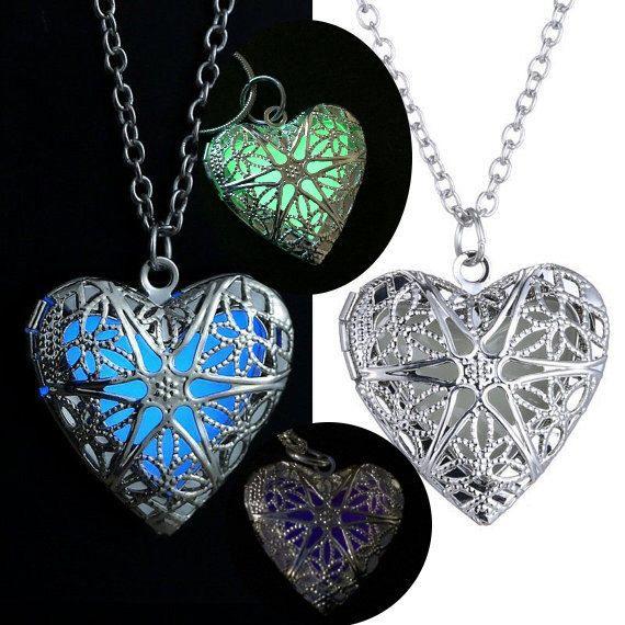 Glowing Necklace , Glowing Jewerly, Glow in the dark necklace , Glow Necklace , Heart Necklace, Glow in the dark jewelry by RobertsBraceletShop on Etsy https://www.etsy.com/listing/220017180/glowing-necklace-glowing-jewerly-glow-in