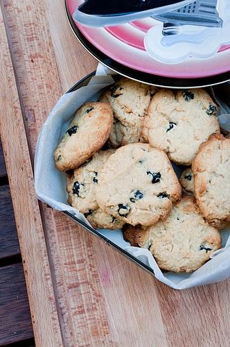 Momofuku blueberry and cream cookies | desserts | Pinterest