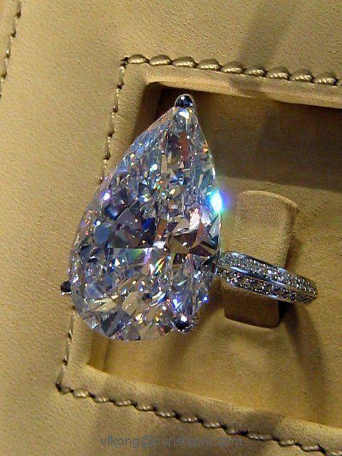 Amazing Pear Shaped Diamond. so full of fire it seems to dance!