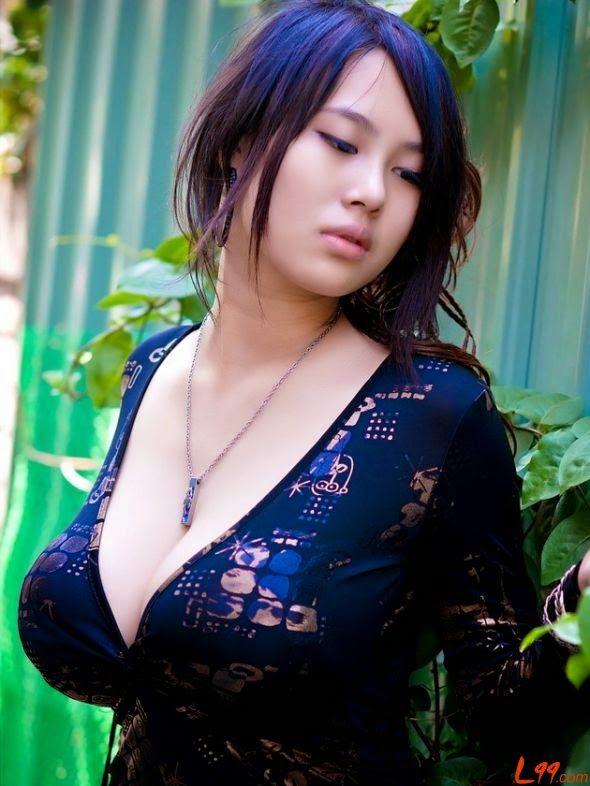 Farm girl jen topless
