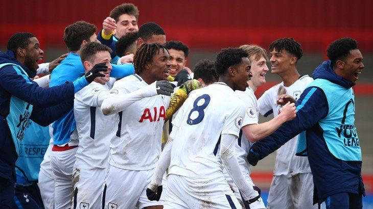 Χαρούμενος φάνηκε στις δηλώσεις του ο Scott Parker μετά την μεγάλη πρόκριση της Under-19 στα προημιτελικά του UEFA Youth League η οποία επ...