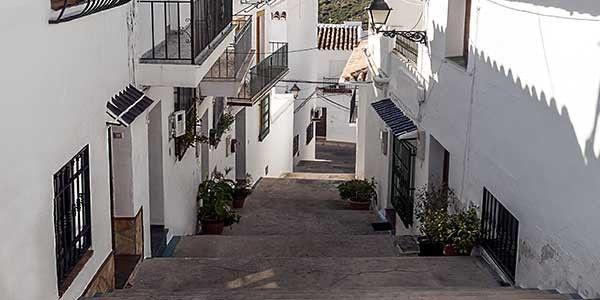 Revive la época de los bandoleros muy cerca de Málaga en un Hotel ¡para 2 personas! PRECIO DE SALIDA 1€ http://promocion.subastadeocio.es/index.php?CD10936_8130&utm_source=CD10936&utm_medium=email&utm_campaign=Subastadeocio&utm_content=simple