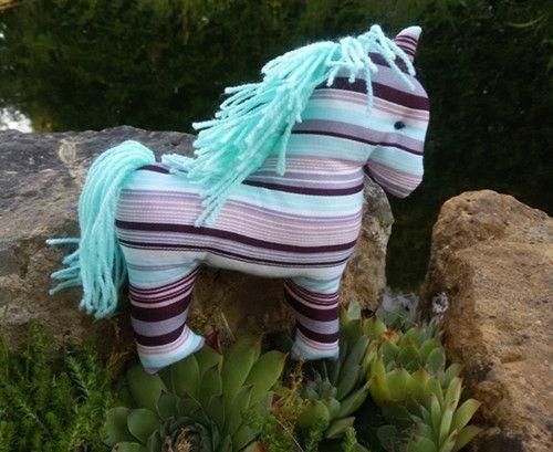 Koňský svět.1141 https://www.fler.cz/emilly-emm-2