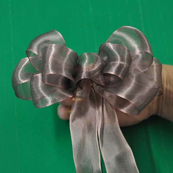 how to make your own ribbon bows