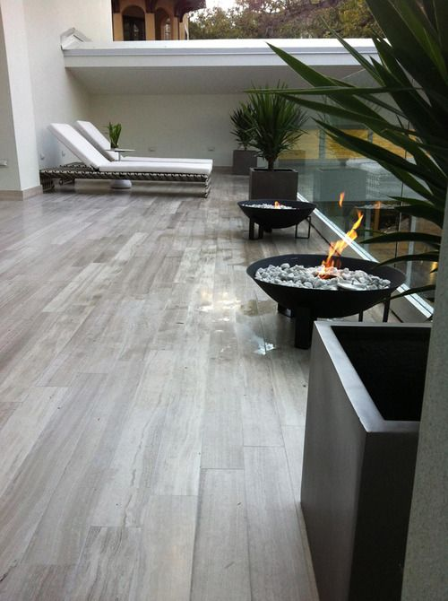 17 best images about pisos modernos interiores on for Pisos de patios modernos