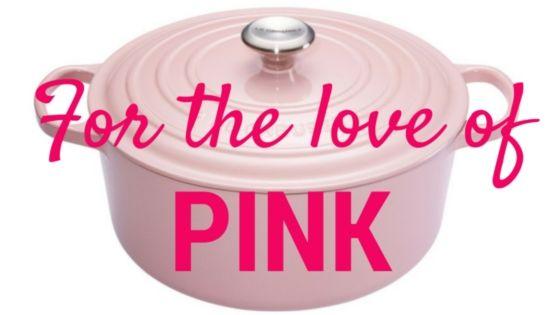 Blog/ roze/ keuken/ wonen //// Iedereen die mij een beetje kent, weet: ik houd van roze. Roze nagellakjes, roze telefoonhoesje, roze pen, roze sneakers, roze kussentjes en kaarsen in huis, roze bikini, zelfs een roze reismandje ...