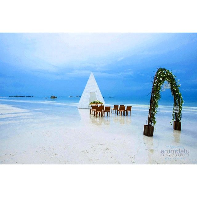 Wedding venue, anyone? #arumdalu #eco #luxury #resort #belitung #island #indonesia #wonderfulindonesia #travelgram #wedding #beachfront #beach #nature #honeymoon #travel #tourism #placetogo #art #destinasian #asian #vacation