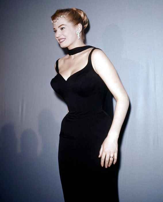 Anita Ekberg's Most Glamorous Looks - Breaking Out the Icy Accessories from #InStyle