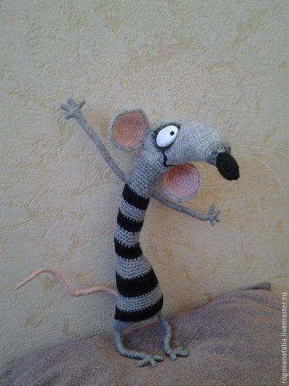 """Игрушки животные, ручной работы. Ярмарка Мастеров - ручная работа. Купить """"Крыса"""". Handmade. Разноцветный, вязанная крючком, любимая игрушка"""