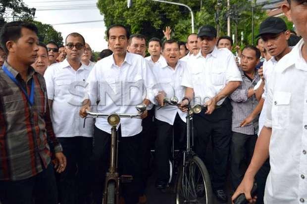 Satu Tahun Memerintah Jokowi-JK Disarankan Evaluasi Kabinet