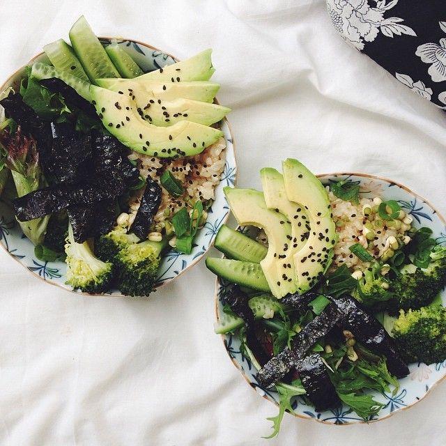 Looks like broccoli, quinoa, avocado, sesame, kale, and nori among other things - gorgeous inspiration!